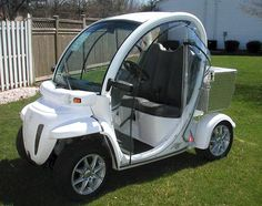 gem electricf cars | Electric GEM car can be used on the public roads posted at 35 mph (56 ...