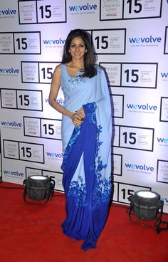 Veteran actresses #Sridevi stole the #LFW show! For More Pictures of Bollywood Celebs visit : www.biscoot.com #BollywoodActress #BollywoodPictures #ActressPhotos #Fashion #SareeDesign #LakmeFashionWeek