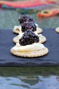 Blackberries & Goat Cheese....plus 2 more Quick Appetizers perfect for any party in under 15 minutes. #15MinuteSuppers