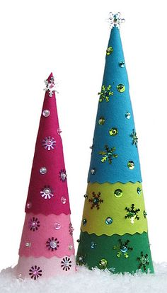 Felt Christmas Trees - Merry and Bright