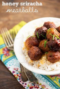 Everyone is looking for healthy, time saving dishes to make for dinner, and today eBay is sharing an amazing recipe:  honey sriracha meatballs! Whether you're making these sweet and spicy little meatballs as an appetizer or a main dish, they're sure to be a crowd favorite. To cut down on preparation time you can even start with a bag of premade frozen meatballs. Read on to find your new favorite dinner treat!