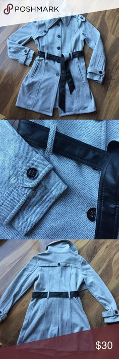 Trench Jacket 😍 So cute and perfect for fall! Thin gray and white pin striped jacket, black and silver buttons, side pockets, reversible faux leather belt, soft fleece lining, new w/o tags 😊 Iz Byer Jackets & Coats