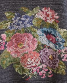 Ravelry: VirginijaSan's Bouquet Zhostovo