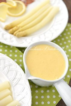 Sos holenderski Sauce Hollandaise, Sauce Recipes, Asparagus, Dips, Food And Drink, Fruit, Eat, Sauces, Kitchen