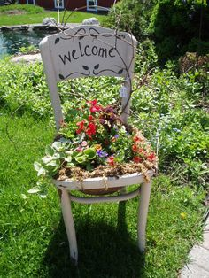 "An old chair, a ""welcome"" on it and with sturdy perennial .- Ein alter Stuhl, ein ""Welcome"" drauf und mit robusten Stauden bepflanzen.… An old chair, a ""welcome"" on it and planted with sturdy perennials. Garden Yard Ideas, Garden Projects, Garden Art, Diy Garden, Recycled Garden, Backyard Ideas, Diy Projects, Garden Chairs, Garden Planters"