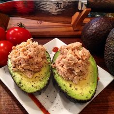 "cleanshake: ""My Perfect Lunch. Tuna salad & Avocado, a great combination. #cleanshake #cleanbar #cleaneating #cleanlifestyle #crossfit #bjj #avocado #tomato #food #fitfam #fitspo #foodie #fitness #yum..."