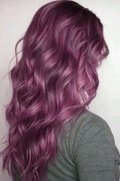 Purple Hair Color 25 Purple Hair Color Ideas to Try in Purple hair color ideas are in right now, and what better these feminine purple hair? Purple hair colors are an excellent choice to try in 2019 beca. Hair Color Purple, Cool Hair Color, Pastel Purple, Purple Ombre, Long Purple Hair, Color Red, Teal Orange, Purple And Green Hair, Red Purple