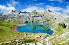 Kingdom Of Heaven, Basque Country, Lightroom, Travel Inspiration, Cool Pictures, Spain, Places To Visit, Explore, Adventure