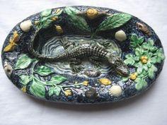 Superbe petit plat borbotine Thomas Sergent crocodile