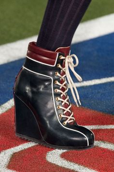 Tommy Hilfiger Fall 2015 Ready-to-Wear Collection Shoes