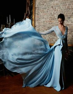 Some serious dress envy Zuhair Murad. See the silk dresses we've had in our stud. Some serious dress envy Zuhair Murad. See the silk dresses we've had in our studio www. Evening Dress Long, Evening Dresses, Prom Dresses, Formal Dresses, Wedding Dresses, Beautiful Gowns, Beautiful Outfits, Elegant Dresses, Pretty Dresses