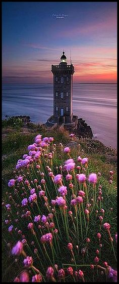 Lighthouse -> Kermorvan Bretagne FRANCE #photo by fabrice robben #landscape nature flowers sky ocean sea lake sunset sun clouds beautiful