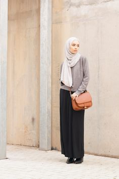 INAYAH | A classic knit jumper, practical for layering for colder weather ahead -  Ash Concealed #Jumper + Black Maxi #Skirt + Feather Grey Rayon #Hijab - www.inayah.co