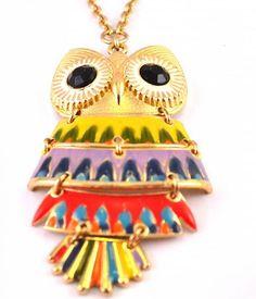 Gouden kleurige uilenketting. De uil is 9 cm en de ketting 80 cm  De uil staat voor wijsheid en vrijheid  €9,95