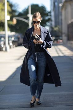 A Duster, Solid Shirt, and Flats Equal a Winning Combo You Can Pull Together ASAP