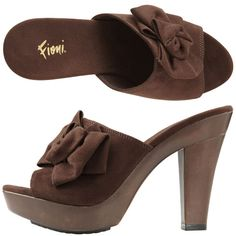 Love these Fioni Shoes!  size 6 1/2  Payless Shoes - Can't find them anywhere in my size : (
