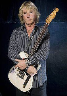 Richard John Parfitt, OBE October 1948 – 24 December was an English musician, best known for being a singer, songwriter and rhythm guitarist in the rock band Status Quo. Music Icon, My Music, Status Quo Band, Rick Parfitt, Classic Rock Bands, Greatest Rock Bands, Robert Smith, Lancaster, Concert