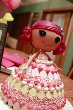 Lalaloopsy Cake, use a Pampered Chef Classic Batter Bowl to bake the dress part!