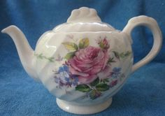 vintage-ROYAL-STAFFORDSHIRE-Janice-TEA-POT-Clarice-Cliff-rose-floral