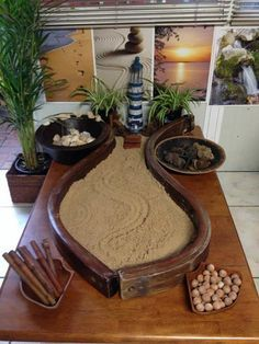 Beach provocation at Puzzles Family Day Care Environment. Learning Spaces, Learning Environments, Reggio Emilia Classroom, Natural Play Spaces, Family Day Care, Sand Play, Sensory Table, Sensory Play, Sensory Activities
