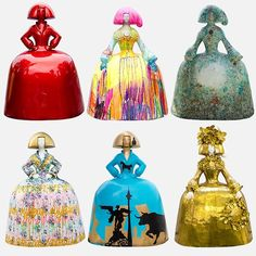 No photo description available. Arte Country, My Bookmarks, Public Art, Installation Art, Contemporary Artists, Cool Art, Fun Art, Decorative Bells, Art Dolls