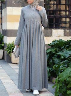 Hijab Dress Party, Hijab Style Dress, Mode Abaya, Mode Hijab, Abaya Fashion, Fashion Dresses, Moslem Fashion, Muslim Women Fashion, Hijab Fashionista