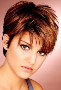 medium-length-hairstyles-for-thinning-hair-203x300.png (203×300)