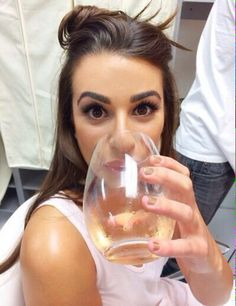 Lea Michele getting ready for the golden globes!! Drinking wine ❤️