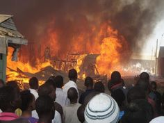 Nigerian man owes blind landlord 3-years rent, tries to set building on fire - http://www.nollywoodfreaks.com/nigerian-man-owes-blind-landlord-3-years-rent-tries-to-set-building-on-fire/