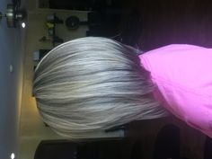 Super cute. Wouldn't take much growing out to get mine like this. @Shalene Sexton