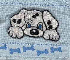 Cão em ponto russo Punch Needle Patterns, Rug Hooking, Pencil Art, Diy Clothes, Lana, Coin Purse, Weaving, Snoopy, Draw