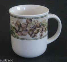 Oneida Cheri Blum 10 oz Coffee Mug Tuscan Grapes Casual Settings China