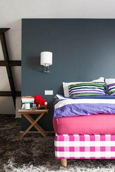 contemporary bedroom by Louise de Miranda