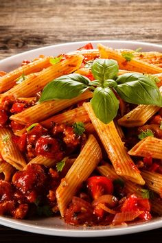 Creamy Sun-Dried Tomato Pasta Pasta - Pasta salad - shrimp Pasta - Pasta rezepte Creamy Sun-Dried To Bratwurst, Tomato Basil Pasta, Best Italian Recipes, Meals For Two, Aesthetic Food, Kung Pao Chicken, Green Beans, Risotto, Dinner Recipes