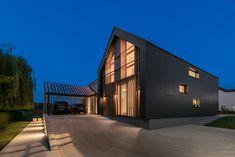 Объединяя традиции и инновации: в Словении построили частный дом с контрастным фасадом - Недвижимость onliner.by