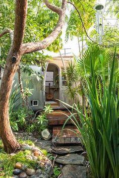 Airstream in garden! LOVE