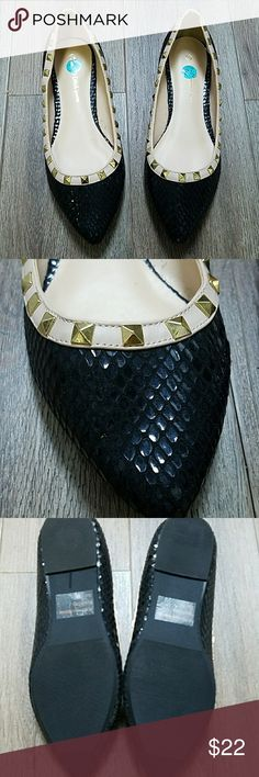 Wild Diva Flats. Size 7.5. NWOB Wild Diva Flats. Size 7.5. NWOB Wild Diva Shoes