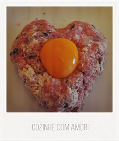"""Cook with Love""   - A handmade hamburger made by Carolina Diogo . a big friend  Get to know this recipe here: http://tolaecarola.wordpress.com/2012/04/04/hamburger-caseiro/"