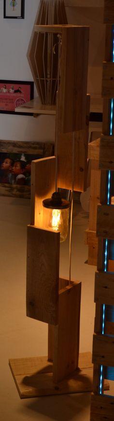 Lampe de salon sur pied de la boutique Ecocirc sur Etsy