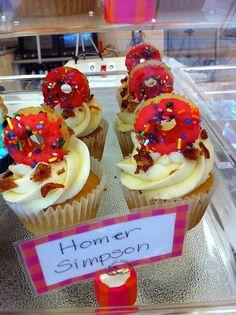 http://cupcakestakethecake.blogspot.com/2012/01/11-cupcakes-i-loved-in-2011.html