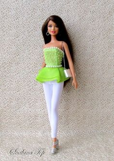 Barbie Top, Barbie Model, Black Barbie, Barbie Sewing Patterns, Clothing Patterns, Diy Fashion, Fashion Dolls, Barbie Wardrobe, Barbie Images