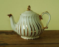 Vintage English teapot by Sadler in cream and gold by nancyplage, £20.00