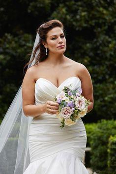 Stunning Wedding Dresses, Classic Wedding Dress, Wedding Dresses Plus Size, Plus Size Wedding, Plus Size Dresses, Blush Bridal, Bridal Gowns, Wedding Gowns, Ashley Graham Wedding Dress