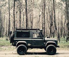 Land Rover Defender 90 4x4 Legend adventure