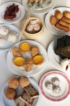 Your Ultimate Field Guide to Chinese Dim Sum - www.yumsugar.com...LOVE DIM SUM