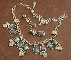 Google Image Result for http://jsbierzo.tk/uploads/ancient-wire-jewelry-sort-of-146082.jpg