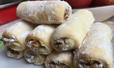 Sour cream rolls with plum jam - thermomix - Nutella recipes Nutella Recipes, Raw Food Recipes, Sweet Recipes, Dessert Recipes, Cooking Recipes, Desserts, Sour Cream, Plum Jam, Food Tags