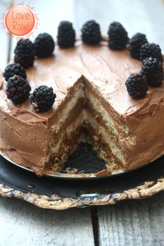 Love Raw: Nut free Chocolate & Vanilla layered Cake, and a new furry family member ♥