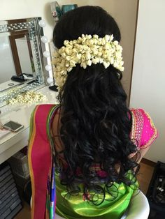 can wear my hair extension under flowers..