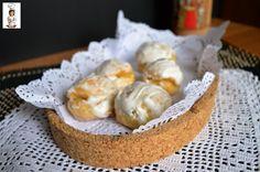 I piricchittus sono dolci tipici sardi leggeri aromatizzati con la scorza del limone, molto semplici e bellissimi per festeggiare ogni occasione.